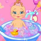 Играть Купание малыша онлайн